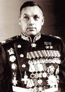 http://www.warheroes.ru/content/images/heroes/2hero/RokossovskiyKonstKonst-2gss.jpg