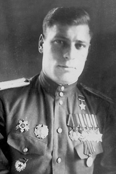 http://www.warheroes.ru/content/images/heroes/GSS_1941_1945_part_3/Andrianov_V_I.jpg